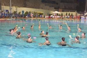 βοτσαλάκια-κολυμβητηριο