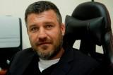 Ο δήμαρχος του ΚΚΕ στην Πετρούπολη ενάντια στις διεκδικήσεις των εργαζομένων