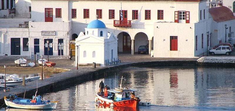 Δραματικό SOS Μυκόνου-Σαντορίνης σε Τσίπρα για μέτρα κατά της εγκληματικότητας
