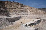 Συγκέντρωση στα Μέγαρα ενάντια στη λειτουργία Ορυχείων Βωξίτη