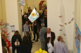 """Η έκθεση """"Φιλόξενος"""" στον Πειραιά με την στήριξη δήμου , Πρωτοβάθμιας Εκπαίδευσης και Διεθνούς Αμνηστίας"""
