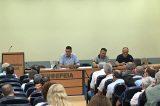 Στους δήμους πετά το «μπαλάκι» της Πολιτικής Προστασίας στα βόρεια προάστια ο Καραμέρος