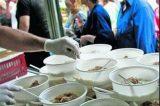 Χρηματοδοτεί το ΥΠΕΣ τα δωρεάν γεύματα των Δήμων Αττικής μέσω της Περιφέρειας