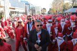 «Κοκκίνισε» από Άη Βασίληδες στο φιλανθρωπικό Santa Run το Μαρούσι