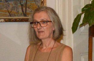Γ. Γαλυφοπούλου: Το 50%  των λαϊκών οικογενειών δεν έχουν τα  μέσα για τηλεκπαίδευση